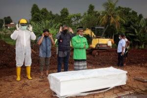 Kemenkes Sebut Penularan COVID-19 di Jawa-Bali Terjadi Sangat Cepat