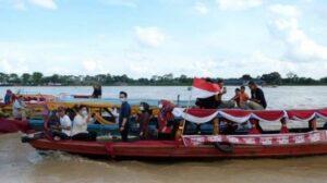 Susur Sungai Batanghari Memeriahkan Festival Candi Muaro Jambi