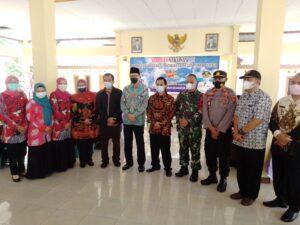 Wakil Bupati Jember Kunjungi Vaksinasi Desa Sukamakmur kecamatan Ajung